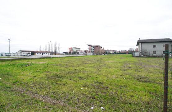 Area Edificabile in Centro a Sermide