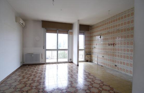 Appartamento con Garage in Posizione Centrale