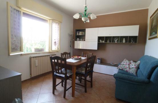 Casa Bifamiliare in Fraz. Quatrelle