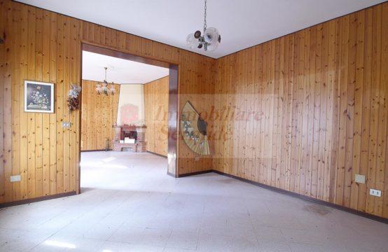 Casa a Schiera in Zona Tranquilla