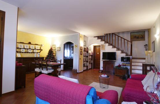 Bellissima Casa Bifamiliare in Centro a Carbonara