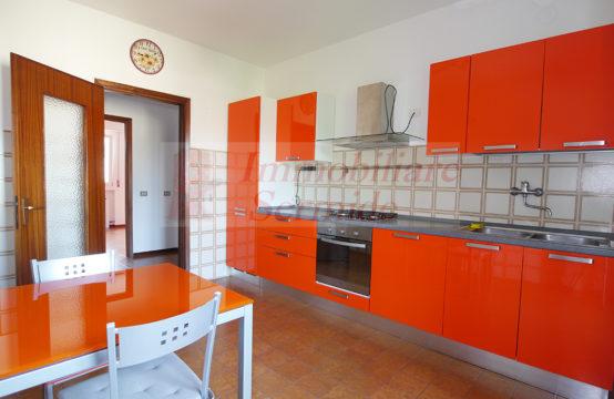 Appartamento al Secondo Piano in Locazione
