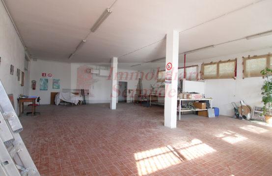 Laboratorio Artigianale di Ampie Dimensioni
