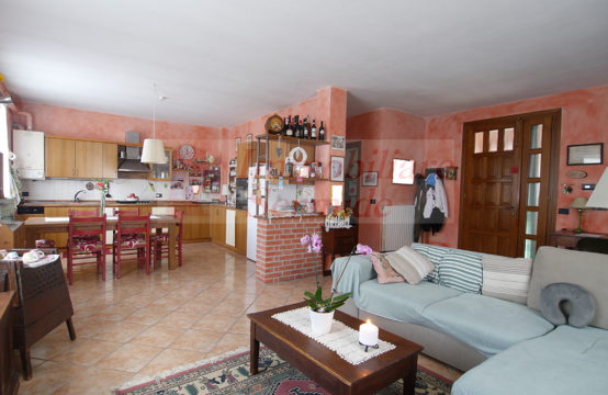 Bellissima Casa Singola in Felonica